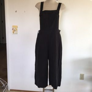 Wide leg, bib jumpsuit